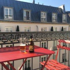 Апартаменты Charming 1 Bedroom Apartment With Balcony балкон
