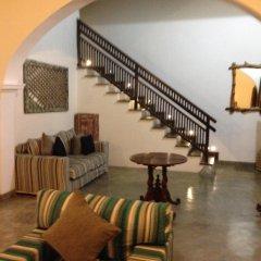 Отель Khalids Guest House Galle интерьер отеля