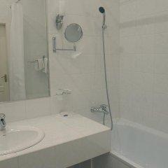 Гостиница Astoria Hotel Украина, Днепр - отзывы, цены и фото номеров - забронировать гостиницу Astoria Hotel онлайн ванная фото 2