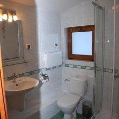 Отель Amampuri Village Смолян ванная