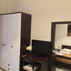 Отель Bed and Breakfast Cialdini 13 удобства в номере