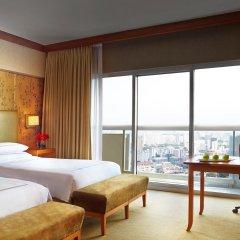 Отель Swissotel The Stamford 5* Представительский номер с различными типами кроватей фото 2