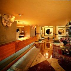 Отель Croce Di Malta Hotel Италия, Флоренция - 8 отзывов об отеле, цены и фото номеров - забронировать отель Croce Di Malta Hotel онлайн гостиничный бар