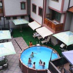 Отель Martin Club Hotel Болгария, Банско - отзывы, цены и фото номеров - забронировать отель Martin Club Hotel онлайн балкон