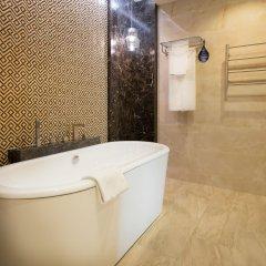 Отель Radisson Blu Hotel, Yerevan Армения, Ереван - 3 отзыва об отеле, цены и фото номеров - забронировать отель Radisson Blu Hotel, Yerevan онлайн ванная фото 3