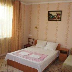 Гостиница 98 Kati Solovyanovoy Guest House в Анапе отзывы, цены и фото номеров - забронировать гостиницу 98 Kati Solovyanovoy Guest House онлайн Анапа комната для гостей фото 4