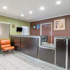 Отель Rodeway Inn Los Angeles США, Лос-Анджелес - 8 отзывов об отеле, цены и фото номеров - забронировать отель Rodeway Inn Los Angeles онлайн интерьер отеля