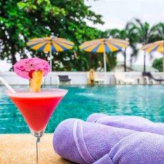 Hotel Zing бассейн