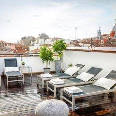 Отель Eric Vökel Boutique Apartments - Madrid Suites Испания, Мадрид - отзывы, цены и фото номеров - забронировать отель Eric Vökel Boutique Apartments - Madrid Suites онлайн бассейн фото 3