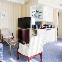 Отель Le Châtelain комната для гостей