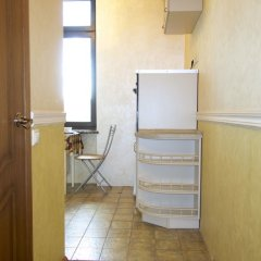 Апартаменты LUXKV Apartment on Kudrinskaya Square сейф в номере