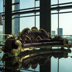 Отель The Reverie Saigon Вьетнам, Хошимин - отзывы, цены и фото номеров - забронировать отель The Reverie Saigon онлайн приотельная территория