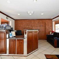 Отель Rodeway Inn Convention Center США, Лос-Анджелес - отзывы, цены и фото номеров - забронировать отель Rodeway Inn Convention Center онлайн интерьер отеля