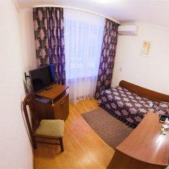 Гостиница Космос в Кургане 2 отзыва об отеле, цены и фото номеров - забронировать гостиницу Космос онлайн Курган комната для гостей фото 5