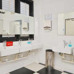 ZEN Hostel Mosque Street Сингапур ванная