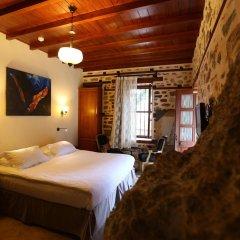 Отель Villa Turka сейф в номере