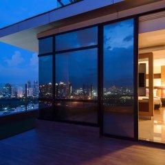Отель Aetas Lumpini Бангкок балкон