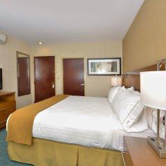 Отель Holiday Inn Express Kennedy Airport США, Нью-Йорк - 2 отзыва об отеле, цены и фото номеров - забронировать отель Holiday Inn Express Kennedy Airport онлайн комната для гостей фото 5
