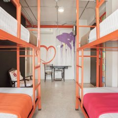 Saladaeng Gallery Hostel By Favstay Бангкок сауна