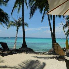 Отель Microtel by Wyndham Boracay Филиппины, остров Боракай - 1 отзыв об отеле, цены и фото номеров - забронировать отель Microtel by Wyndham Boracay онлайн пляж фото 2
