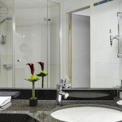 Отель IntercityHotel Nürnberg Германия, Нюрнберг - 2 отзыва об отеле, цены и фото номеров - забронировать отель IntercityHotel Nürnberg онлайн ванная