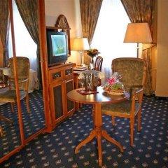 Отель Kampa Stara zbrojnice Sivek Hotels Чехия, Прага - 12 отзывов об отеле, цены и фото номеров - забронировать отель Kampa Stara zbrojnice Sivek Hotels онлайн удобства в номере фото 2