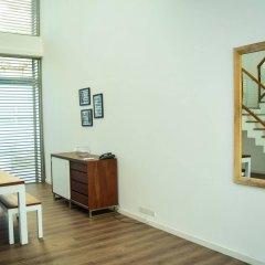 Отель Zen Rooms Wellawatte Beach удобства в номере