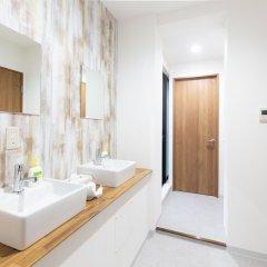 Отель GUESTHOUSE HAKOZAKI GARDEN - Hostel Япония, Фукуока - отзывы, цены и фото номеров - забронировать отель GUESTHOUSE HAKOZAKI GARDEN - Hostel онлайн ванная