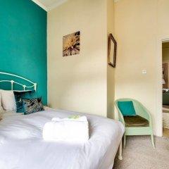 Отель Light 2-bed West End Apt Overlooking Kelvingrove Museum Глазго комната для гостей фото 2