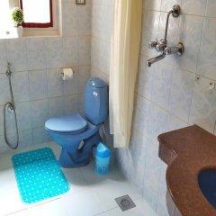 Отель Karma Suites Непал, Катманду - отзывы, цены и фото номеров - забронировать отель Karma Suites онлайн ванная