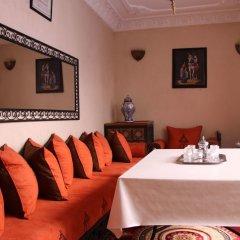 Отель Riad Porte Des 5 Jardins Марокко, Марракеш - отзывы, цены и фото номеров - забронировать отель Riad Porte Des 5 Jardins онлайн помещение для мероприятий
