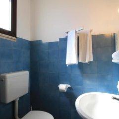 Отель La Vela, Pool Residence Гальяно дель Капо ванная