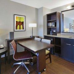 Отель Embassy Suites Columbus-Airport Колумбус в номере