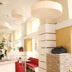 Отель Time Out City Hotel Vienna Австрия, Вена - 1 отзыв об отеле, цены и фото номеров - забронировать отель Time Out City Hotel Vienna онлайн интерьер отеля фото 3