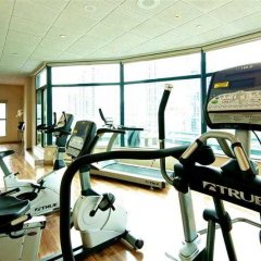 Отель GEC Granville Suites Downtown фитнесс-зал фото 3