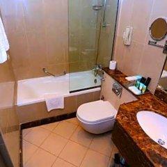 Отель Al Hamra Hotel ОАЭ, Шарджа - отзывы, цены и фото номеров - забронировать отель Al Hamra Hotel онлайн ванная фото 2