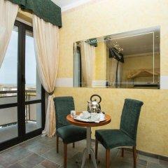 Отель Due Mari Римини балкон