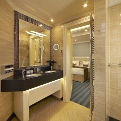Отель Atlantic Palace Чехия, Карловы Вары - 1 отзыв об отеле, цены и фото номеров - забронировать отель Atlantic Palace онлайн ванная фото 2