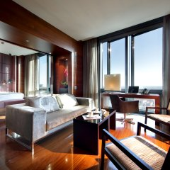 Отель Eurostars Madrid Tower Мадрид комната для гостей