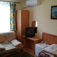 Гостевой дом София комната для гостей фото 5