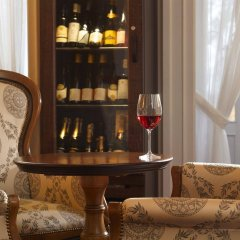 Отель Imperial Spa & Kurhotel Чехия, Франтишкови-Лазне - отзывы, цены и фото номеров - забронировать отель Imperial Spa & Kurhotel онлайн гостиничный бар