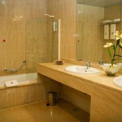 Отель Regua Douro Португалия, Пезу-да-Регуа - отзывы, цены и фото номеров - забронировать отель Regua Douro онлайн ванная