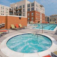 Отель Suite Home America - DC бассейн