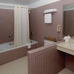 Отель Metro Plaza Hotel США, Лос-Анджелес - отзывы, цены и фото номеров - забронировать отель Metro Plaza Hotel онлайн ванная фото 2
