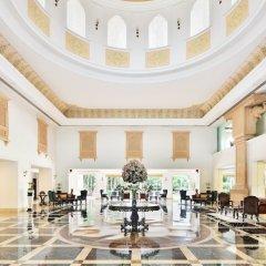 Отель Le Méridien Jaipur Resort & Spa интерьер отеля фото 3