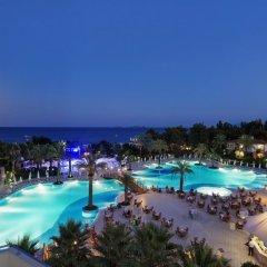 Queens Park Resort Турция, Кемер - отзывы, цены и фото номеров - забронировать отель Queens Park Resort онлайн бассейн фото 2