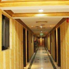 Royal Garden Hotel интерьер отеля