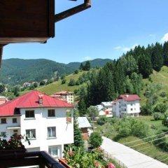 Отель Family Hotel Shoky Болгария, Чепеларе - отзывы, цены и фото номеров - забронировать отель Family Hotel Shoky онлайн балкон