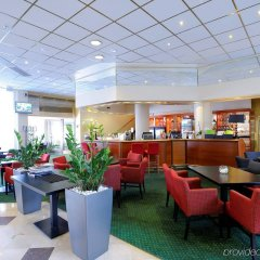 Отель Holiday Inn Oulu гостиничный бар