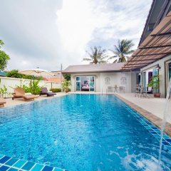 Отель Villa Naiyang бассейн